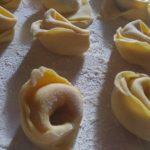 Tortellini fatti a mano | I nostri piatti - Agriturismo Il Castagneto - Castiglione Chiavarese - Sestri Levante - Genova